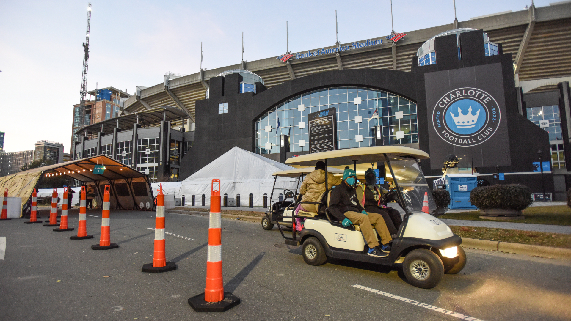 Over 20,000 eligible community members were able to receive their first dose of the COVID-19 vaccine at the first mass vaccination event hosted at Bank of America Stadium. Learn more about the community members who attended the landmark event and how they felt about receiving the vaccine.